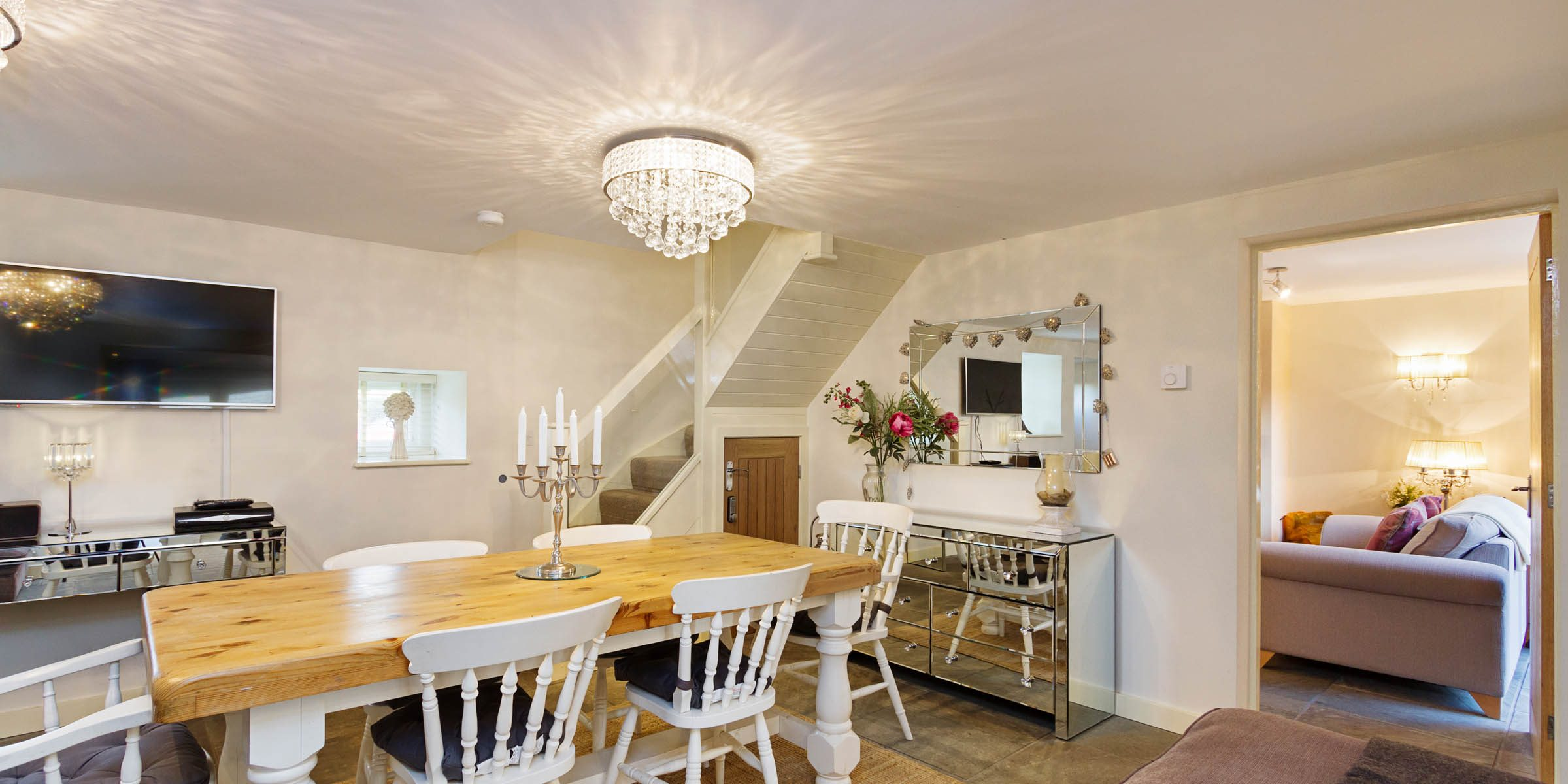3_RoseCottage_F_DiningHall03